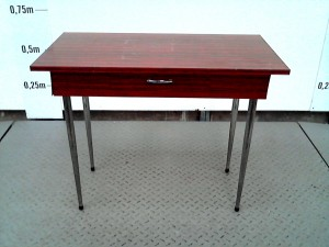 http://www.recyclerie-portesessonne.fr/10705-thickbox_default/table.jpg