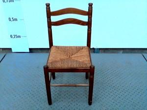 http://www.recyclerie-portesessonne.fr/10987-thickbox_default/chaise.jpg
