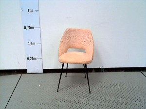http://www.recyclerie-portesessonne.fr/14841-thickbox_default/chaise-vintage.jpg