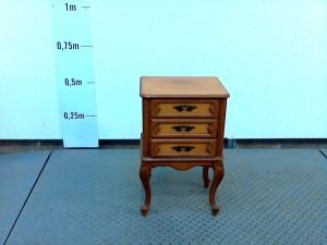 http://www.recyclerie-portesessonne.fr/15280-thickbox_default/chevet-trois-tiroirs-merisier.jpg