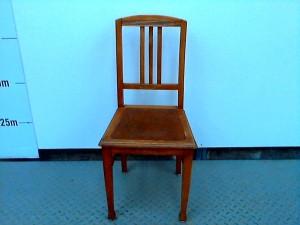 http://www.recyclerie-portesessonne.fr/8116-thickbox_default/chaises-bois.jpg