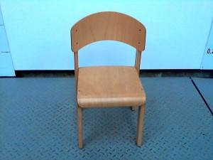 http://www.recyclerie-portesessonne.fr/8523-thickbox_default/chaise.jpg